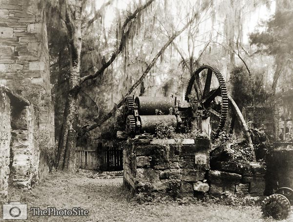 Ruins of early sugar mill - Click Image to Close