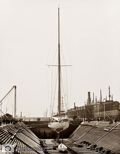 Reliance Yacht in dry dock, America Cup Races 1903 - Click Image to Close