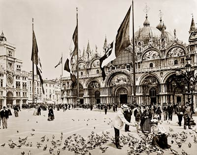 Feeding pigeons at Piazza San Marco, Venice