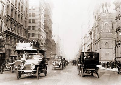 NYC Old Cars on 5th Ave 1913